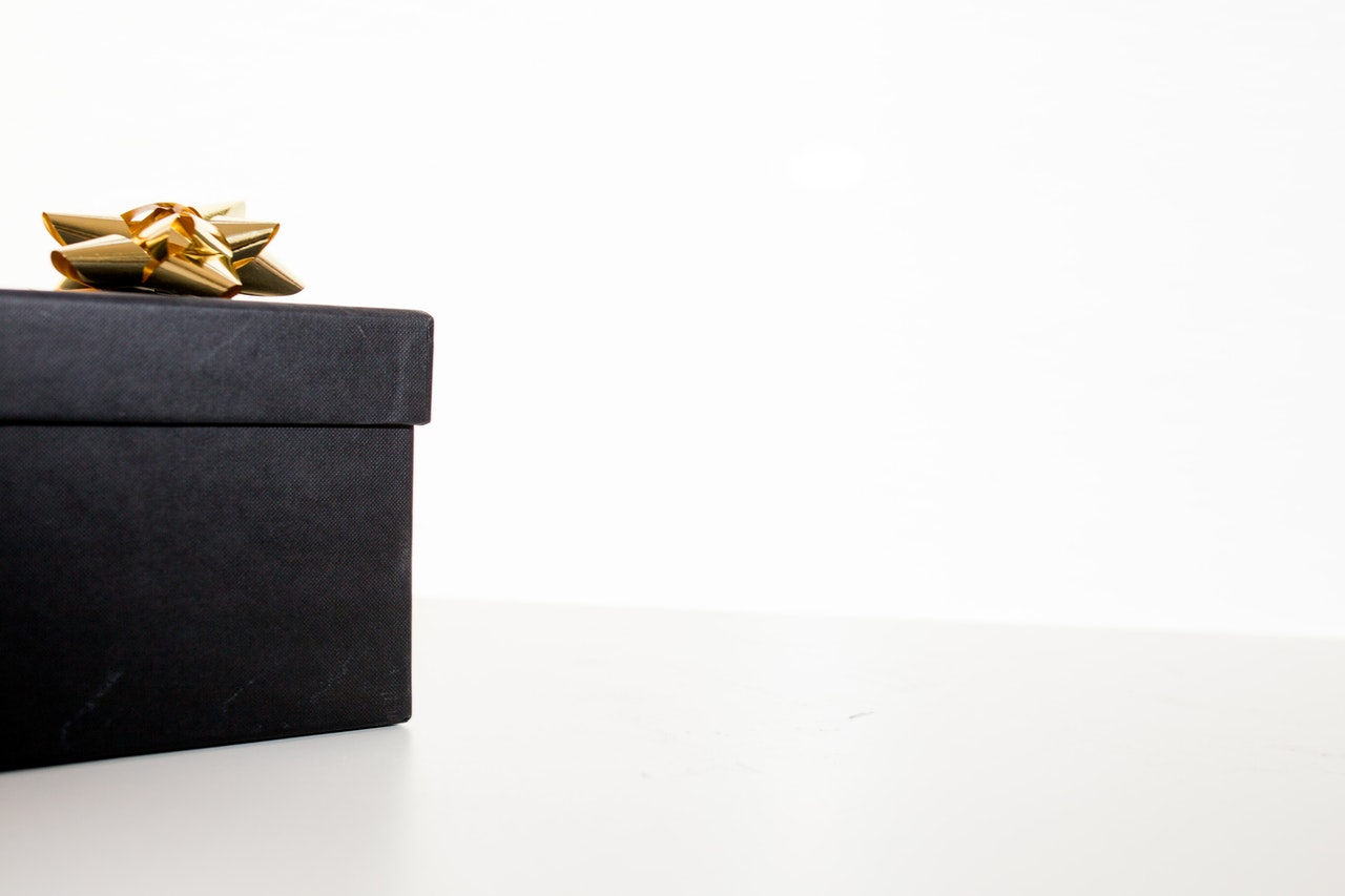 black gift corrugated box